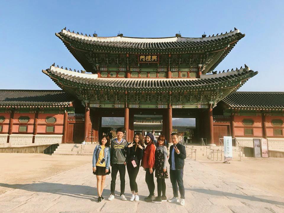 Cung điện hoàng gia Gyeongbok