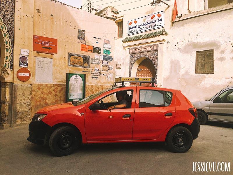 Taxi ở Fes Maroc