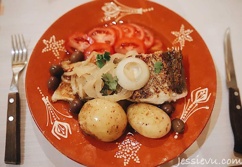 Cá tuyết nướng món ngon bồ đào nha