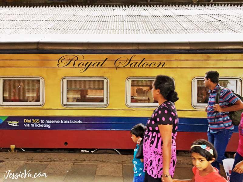 Khoang tàu hạng nhất chuyến Kandy - Colombo
