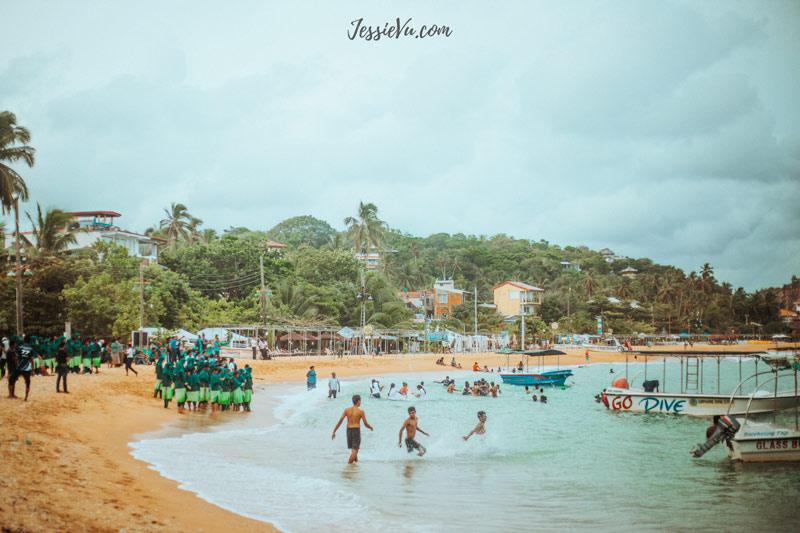 Unawatuna Beach , Galle , Sri Lanka