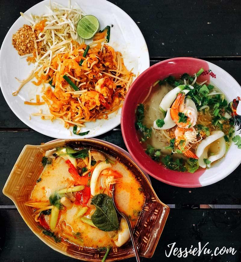 tom yum - Pad Thái - Bún hải sản